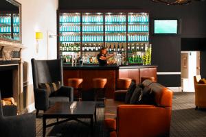 De Vere - hotel bar